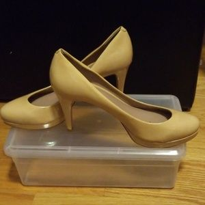 Vince Camuto Nude Patent Leather Heel